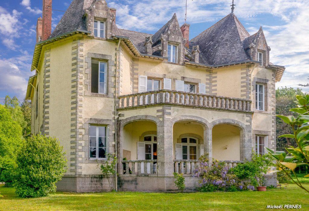 Maison à louer 9 250m2 à Hennebont vignette-1