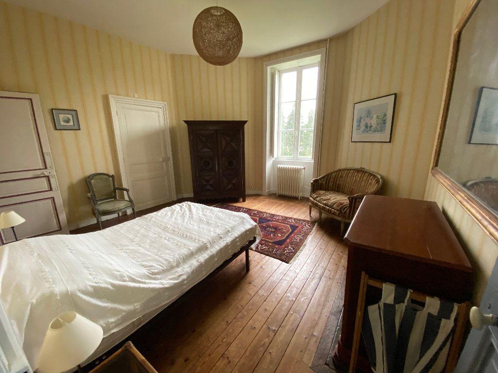 Maison à louer 9 250m2 à Hennebont vignette-10