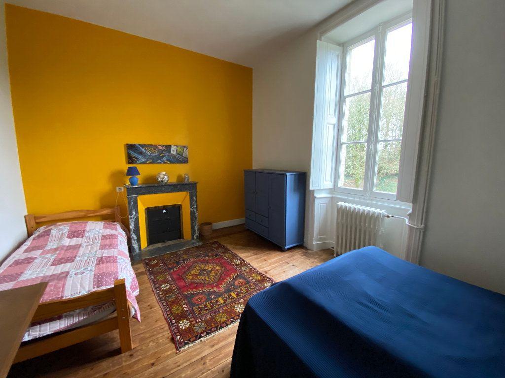 Maison à louer 9 250m2 à Hennebont vignette-14