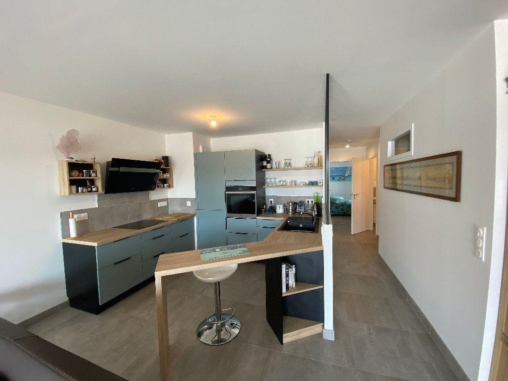 Appartement à louer 3 78.22m2 à Guidel vignette-4