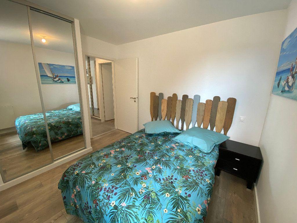 Appartement à louer 3 78.22m2 à Guidel vignette-6