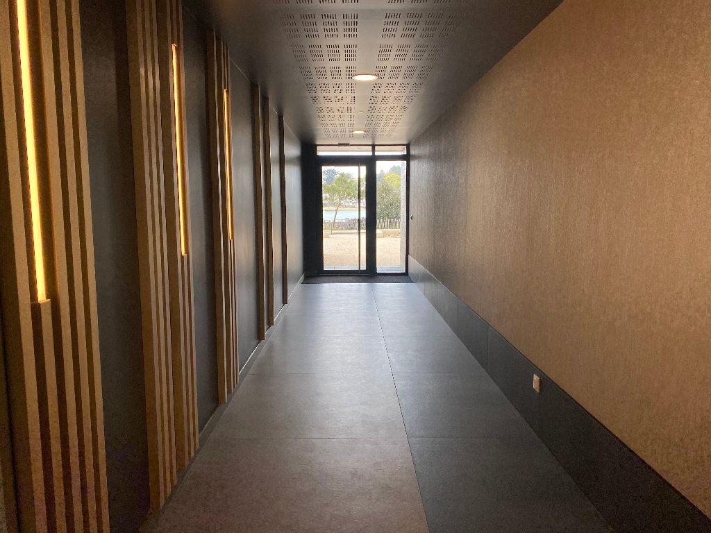 Appartement à louer 3 78.22m2 à Guidel vignette-9