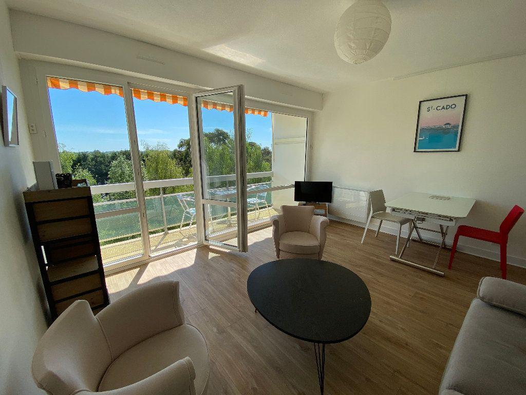 Appartement à louer 2 53.02m2 à Lorient vignette-3