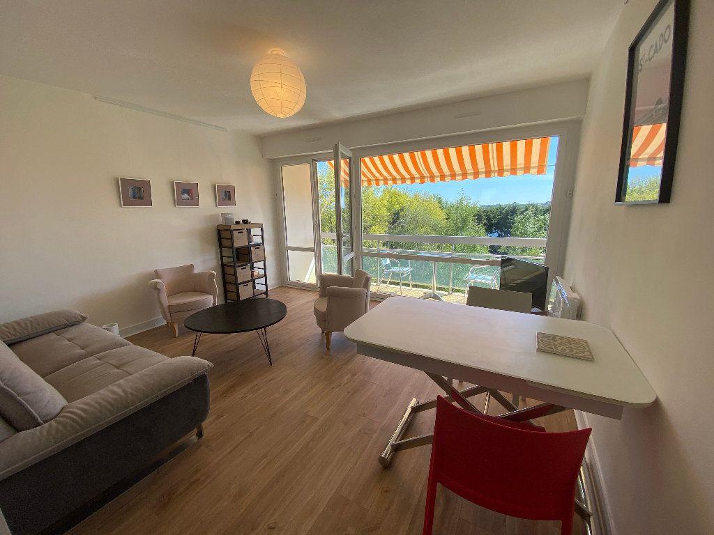 Appartement à louer 2 53.02m2 à Lorient vignette-5