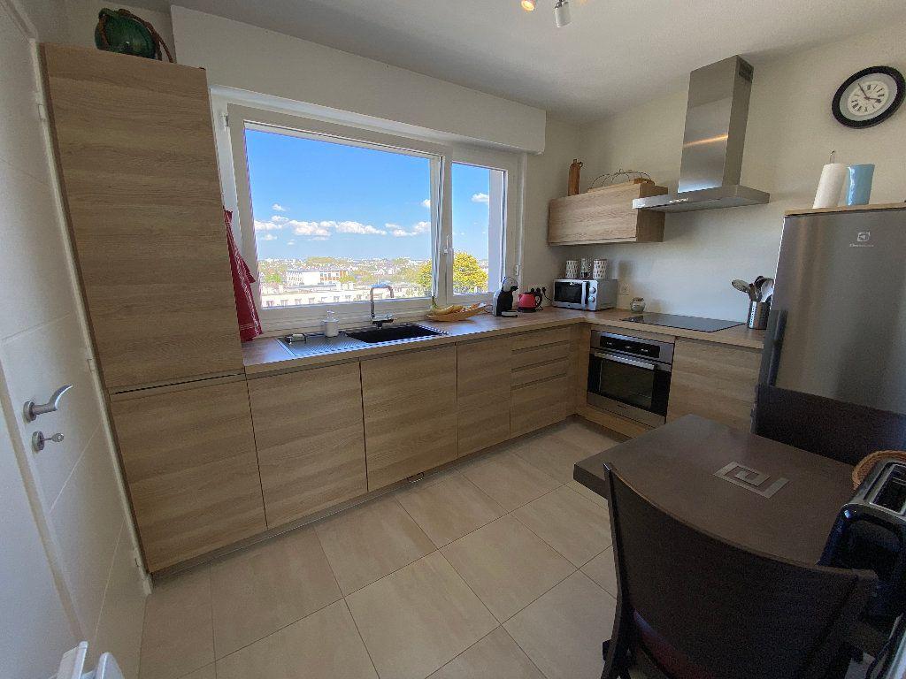 Appartement à louer 2 53.02m2 à Lorient vignette-10