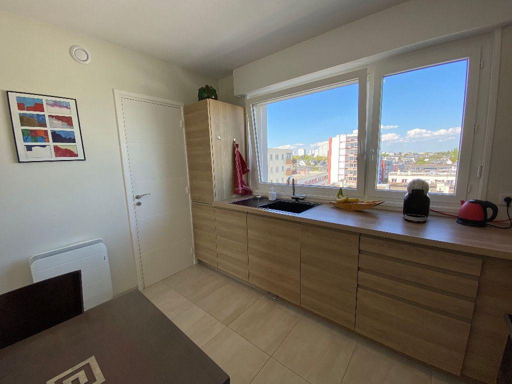 Appartement à louer 2 53.02m2 à Lorient vignette-11