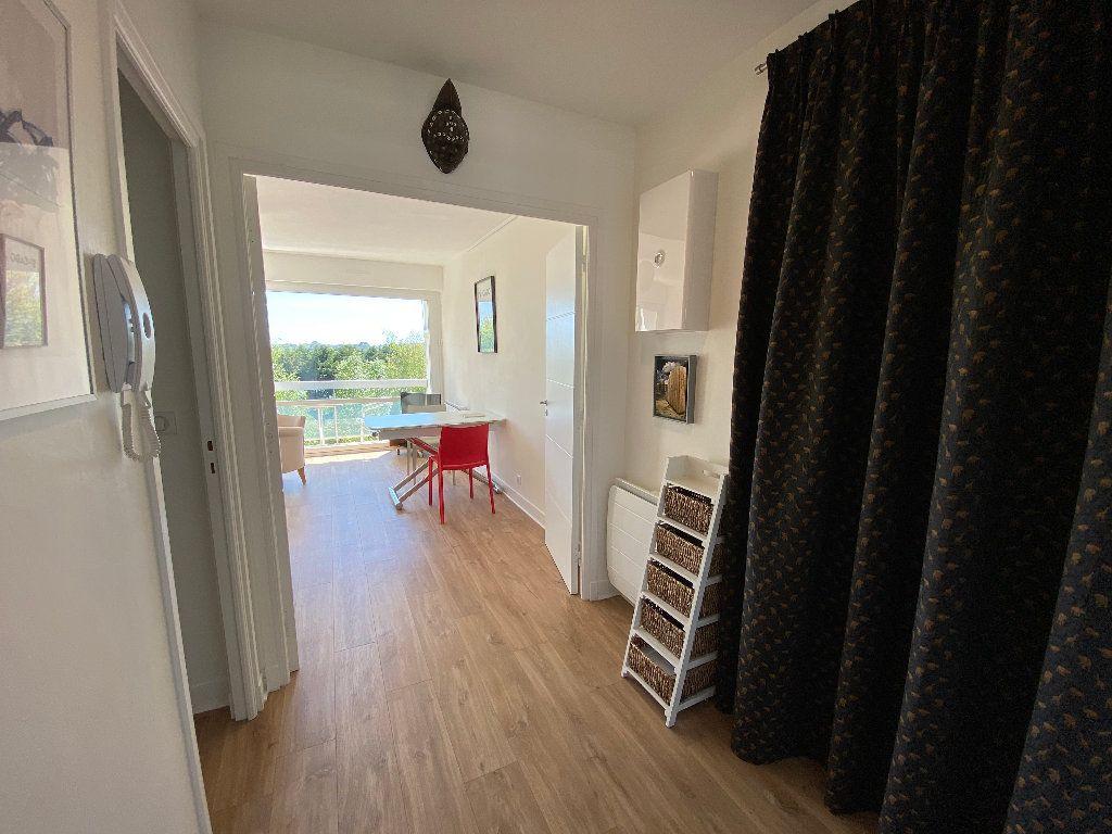 Appartement à louer 2 53.02m2 à Lorient vignette-12