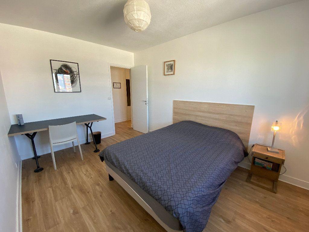 Appartement à louer 2 53.02m2 à Lorient vignette-13