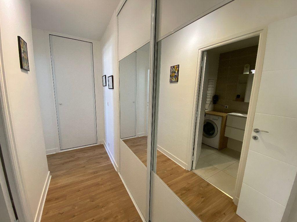 Appartement à louer 2 53.02m2 à Lorient vignette-15