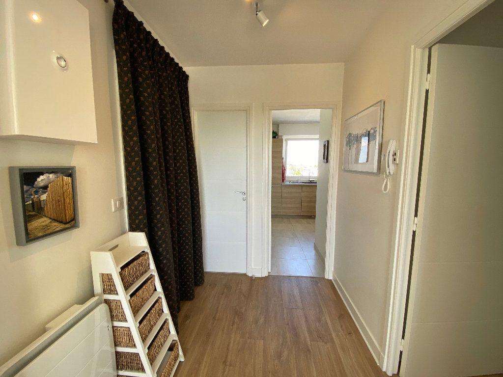 Appartement à louer 2 53.02m2 à Lorient vignette-16