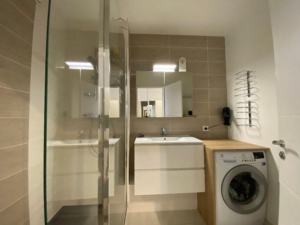 Appartement à louer 2 53.02m2 à Lorient vignette-17