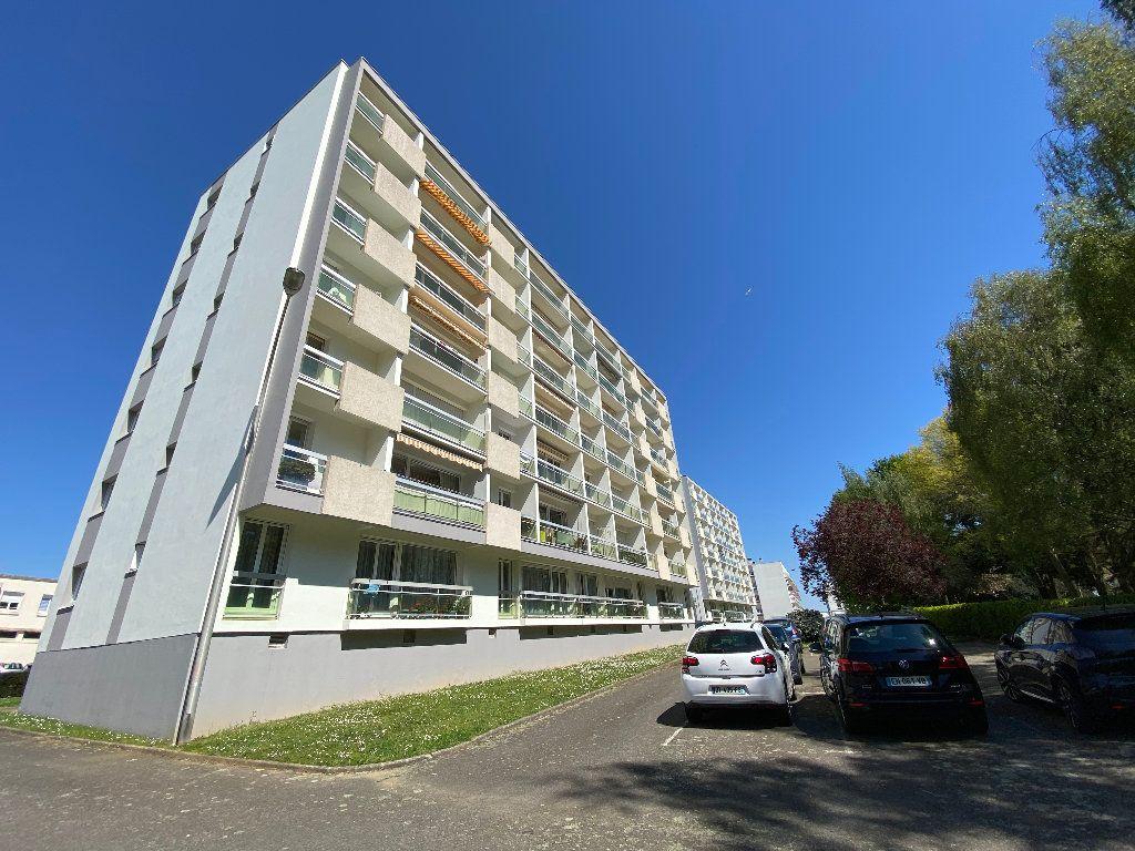 Appartement à louer 2 53.02m2 à Lorient vignette-18