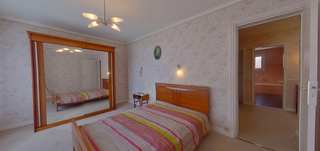 Maison à vendre 6 125m2 à Lorient vignette-5