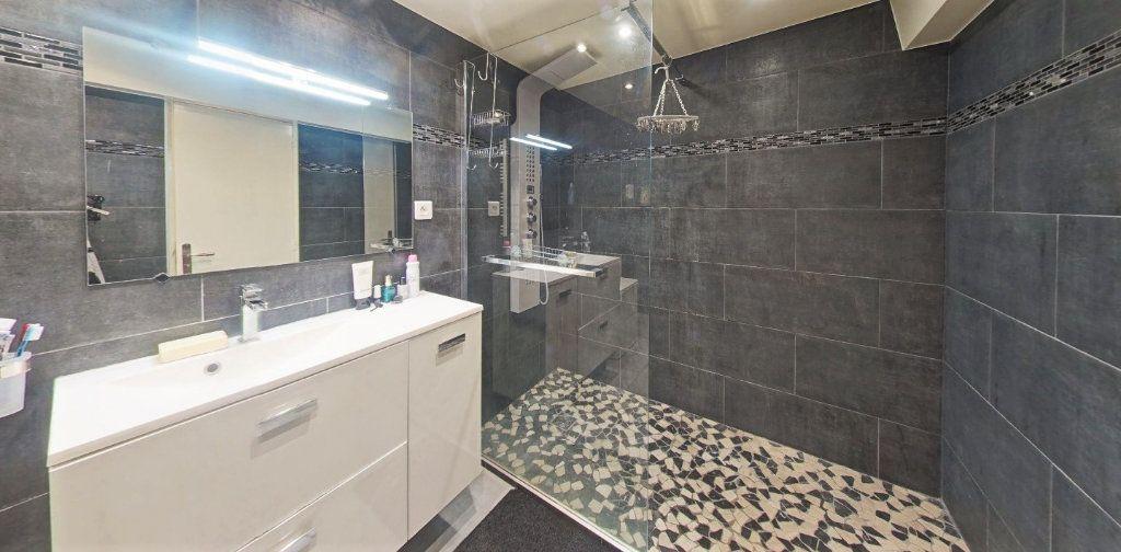Maison à vendre 7 220m2 à Bagnolet vignette-6