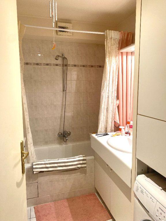 Appartement à louer 2 45.54m2 à Les Lilas vignette-5