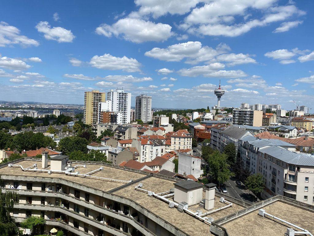 Appartement à louer 3 53.61m2 à Le Pré-Saint-Gervais vignette-10