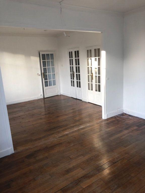 Appartement à vendre 4 73m2 à Pantin vignette-3