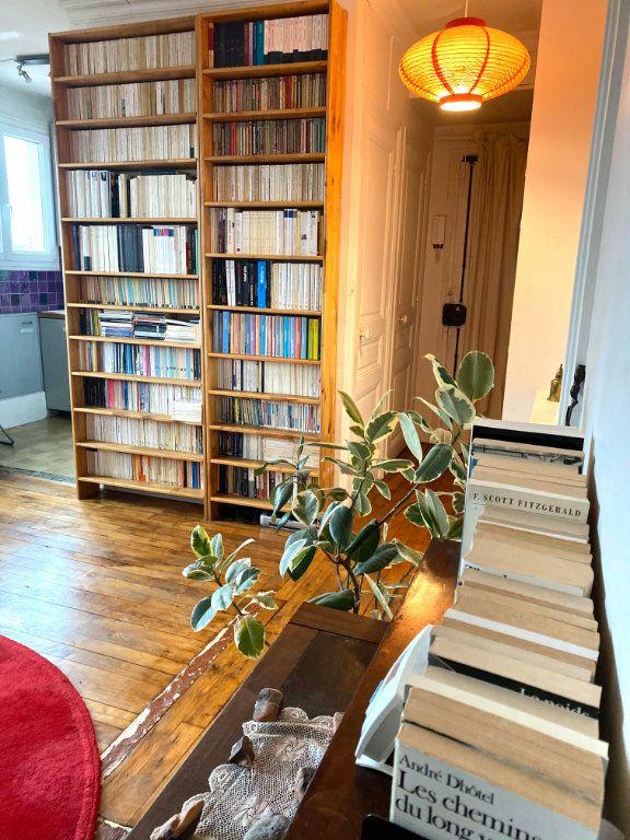Appartement à louer 2 37.83m2 à Les Lilas vignette-1
