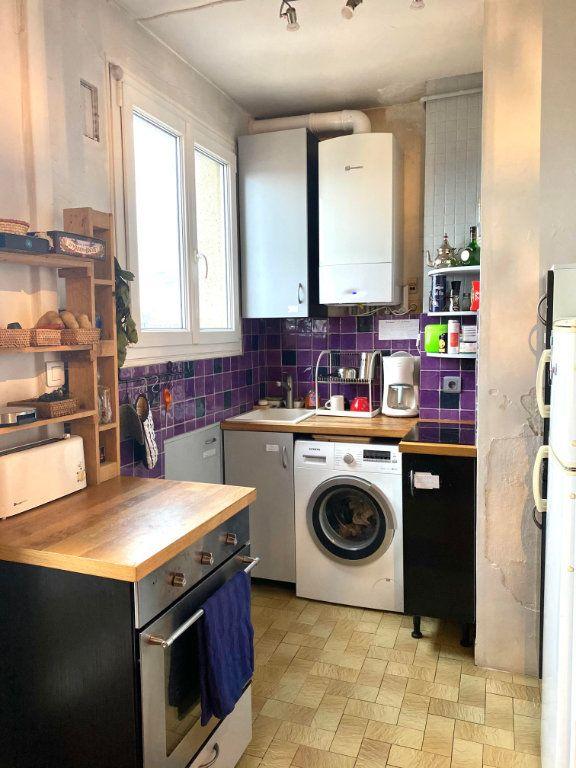 Appartement à louer 2 37.83m2 à Les Lilas vignette-4