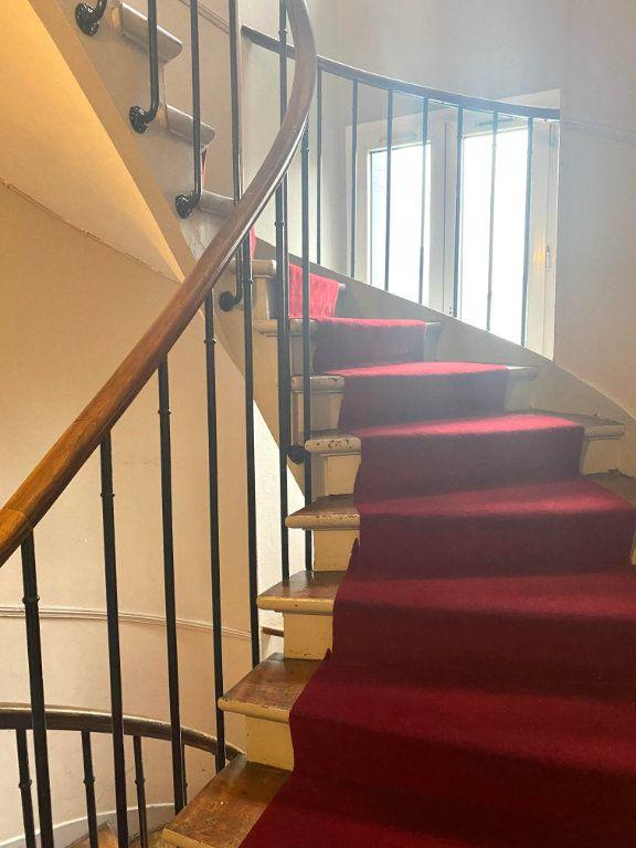 Appartement à louer 2 39.45m2 à Les Lilas vignette-7
