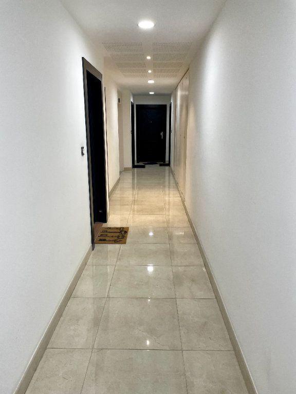 Appartement à vendre 1 26.2m2 à Romainville vignette-2