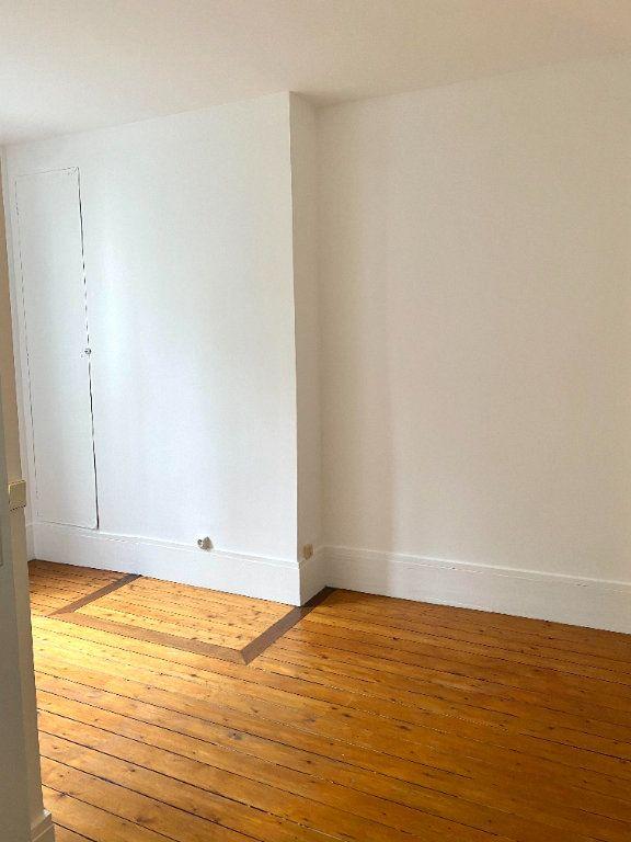 Appartement à louer 2 39.45m2 à Les Lilas vignette-5