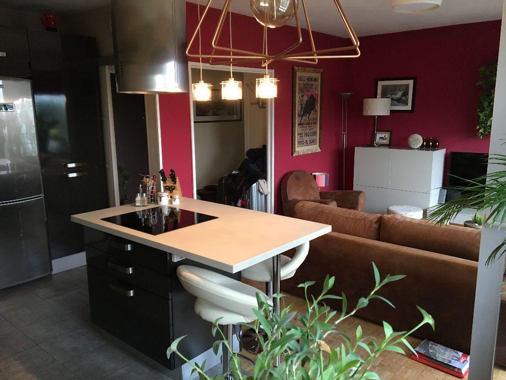 Appartement à louer 2 49.02m2 à Les Lilas vignette-1