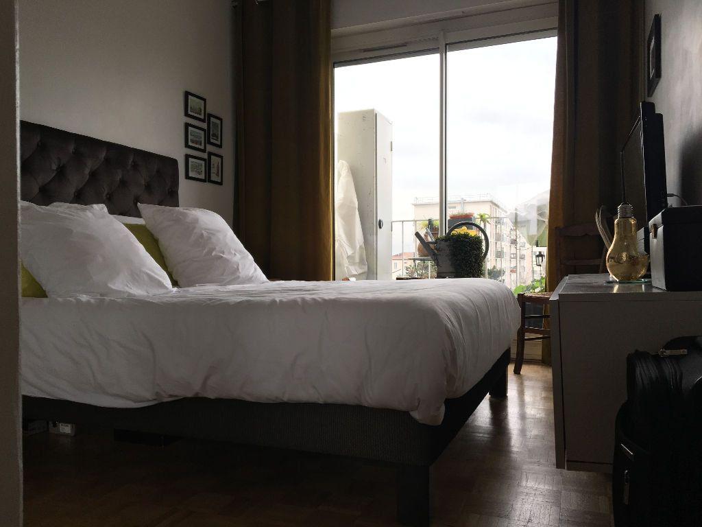 Appartement à louer 2 49.02m2 à Les Lilas vignette-4
