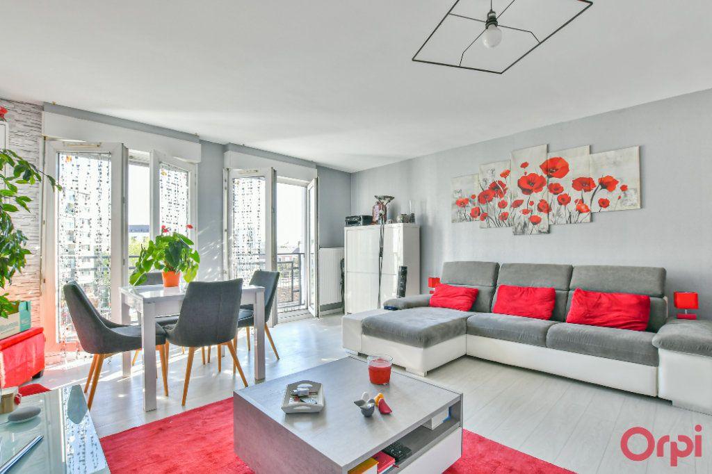 Appartement à vendre 3 77.85m2 à Romainville vignette-2