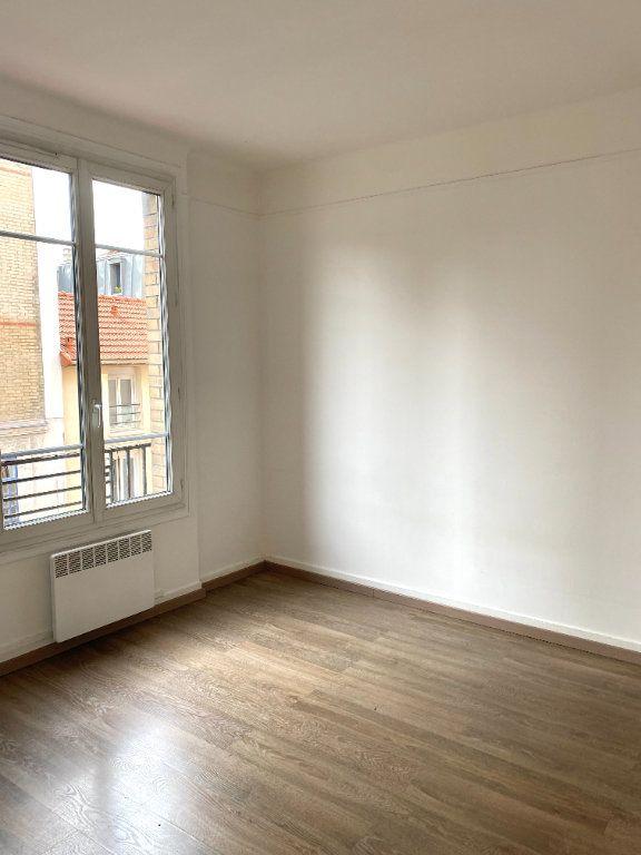 Appartement à louer 2 31.3m2 à Les Lilas vignette-5