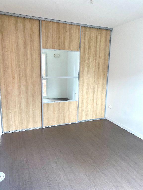 Appartement à louer 2 39.8m2 à Les Lilas vignette-5