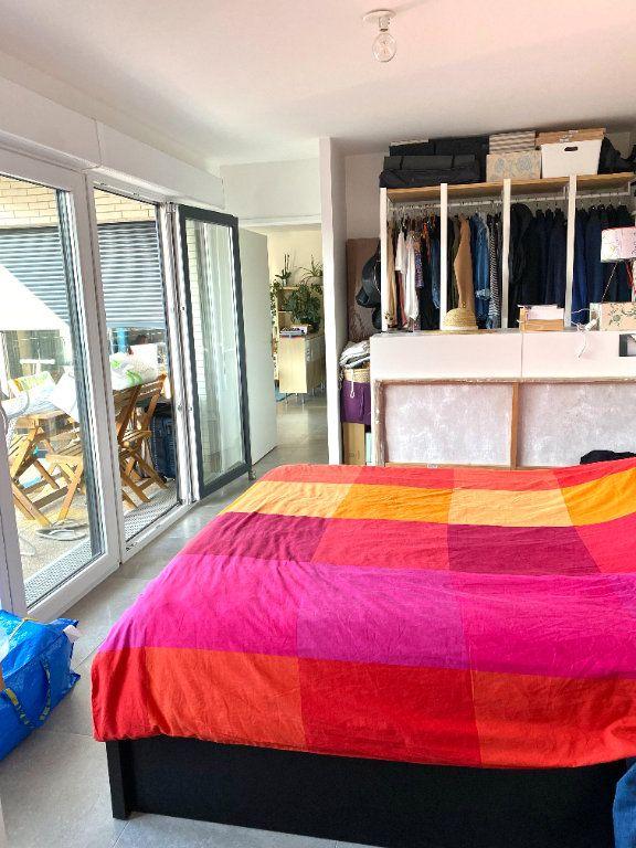 Appartement à louer 4 77.3m2 à Romainville vignette-6