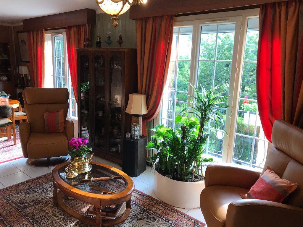 Maison à vendre 6 110m2 à Viroflay vignette-2