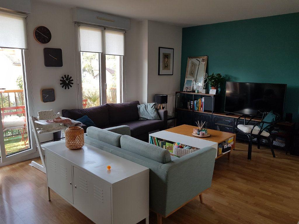 Appartement à vendre 3 60.13m2 à Viroflay vignette-2