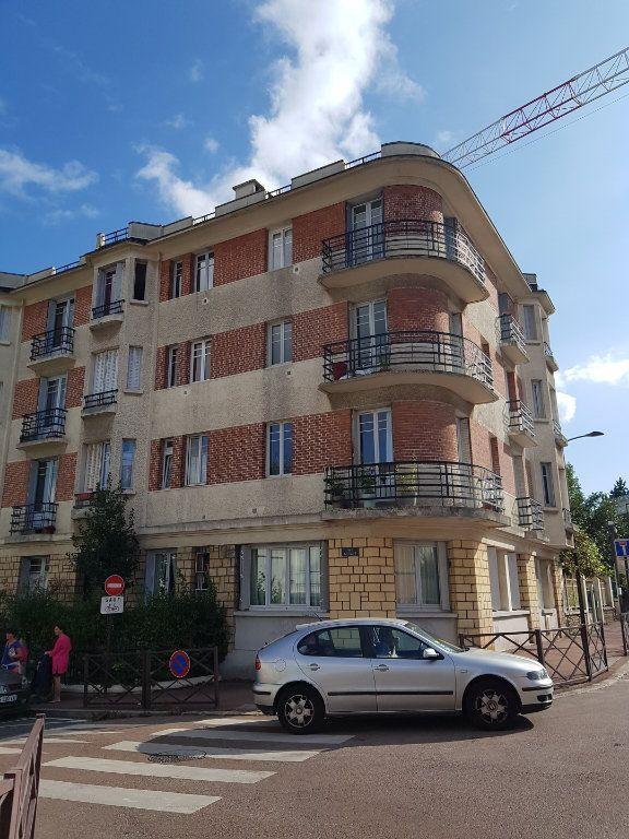 Appartement à louer 3 53.33m2 à Viroflay vignette-1