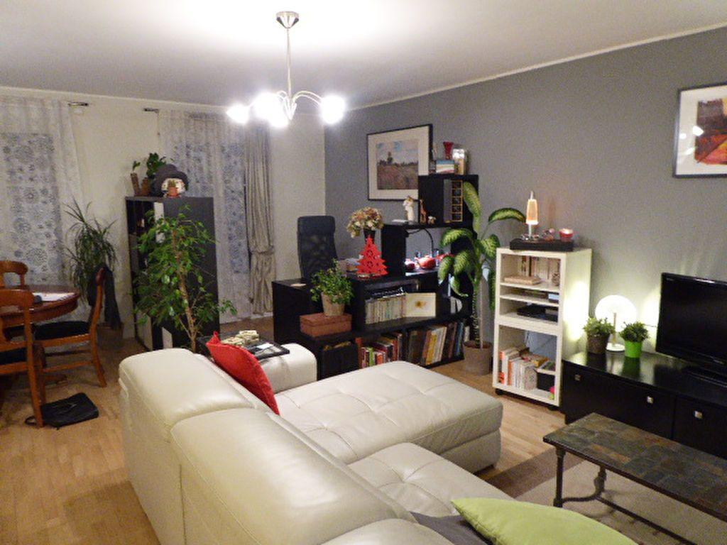 Appartement à louer 5 96.24m2 à Viroflay vignette-3