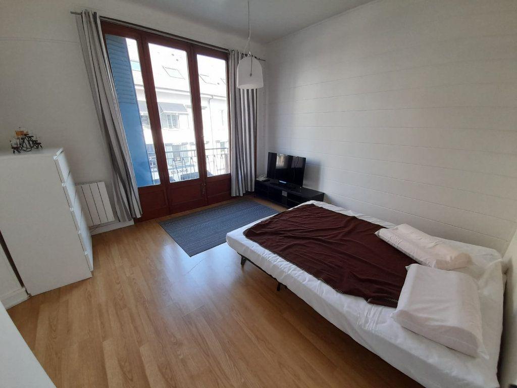 Appartement à louer 1 29.97m2 à Thonon-les-Bains vignette-3