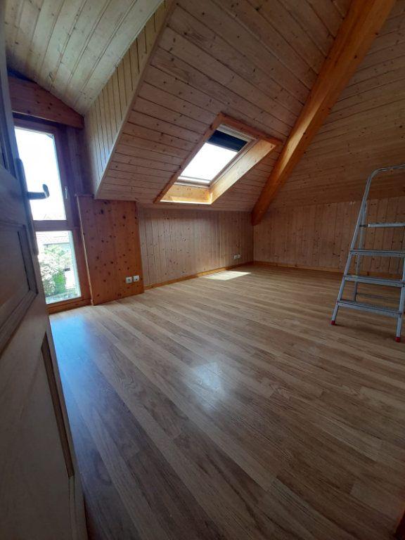 Maison à louer 7 130m2 à Veigy-Foncenex vignette-13
