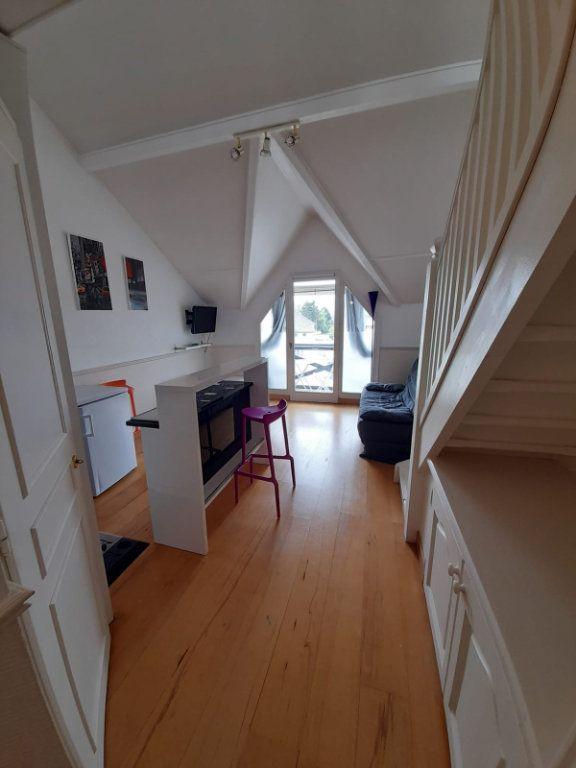 Appartement à louer 3 35.79m2 à Veigy-Foncenex vignette-2