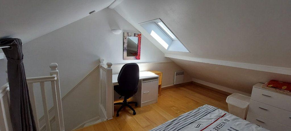 Appartement à louer 3 35.79m2 à Veigy-Foncenex vignette-3