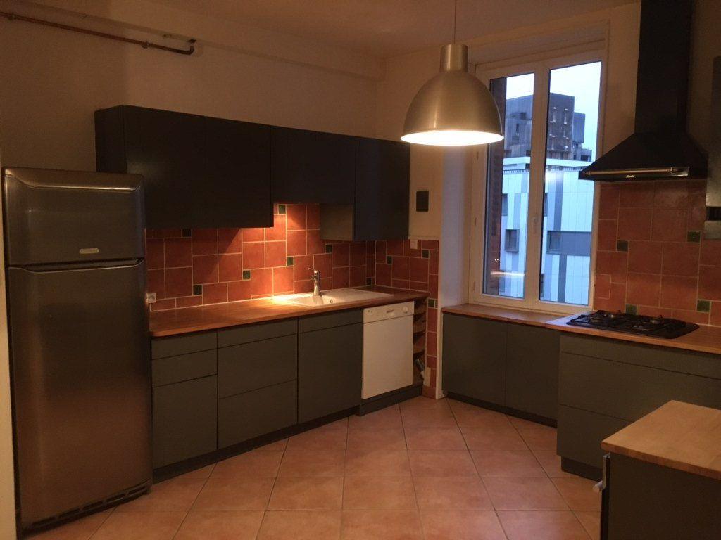 Appartement à louer 2 64.3m2 à Annemasse vignette-5