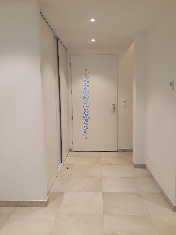 Maison à louer 4 130m2 à Veigy-Foncenex vignette-11