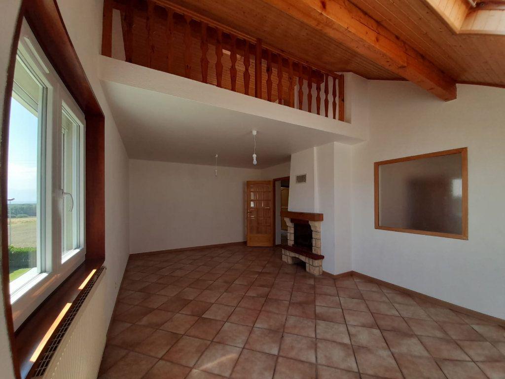 Appartement à louer 4 94.29m2 à Loisin vignette-2