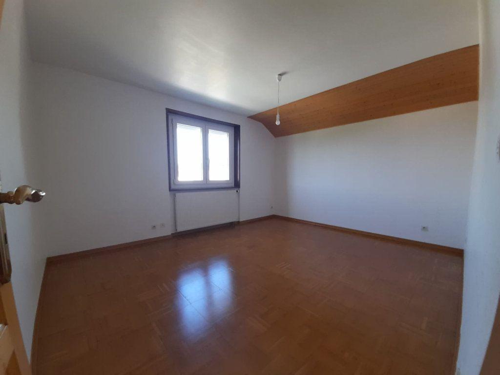 Appartement à louer 4 94.29m2 à Loisin vignette-5