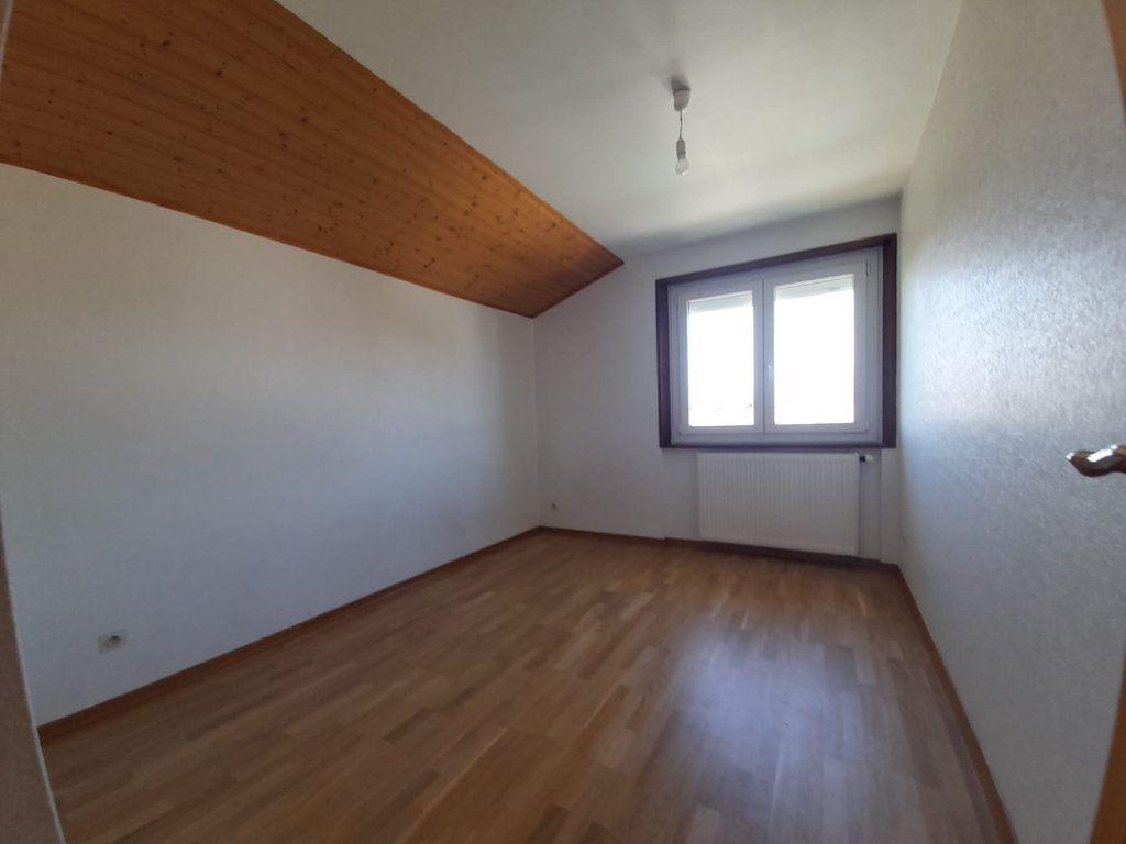 Appartement à louer 4 94.29m2 à Loisin vignette-6
