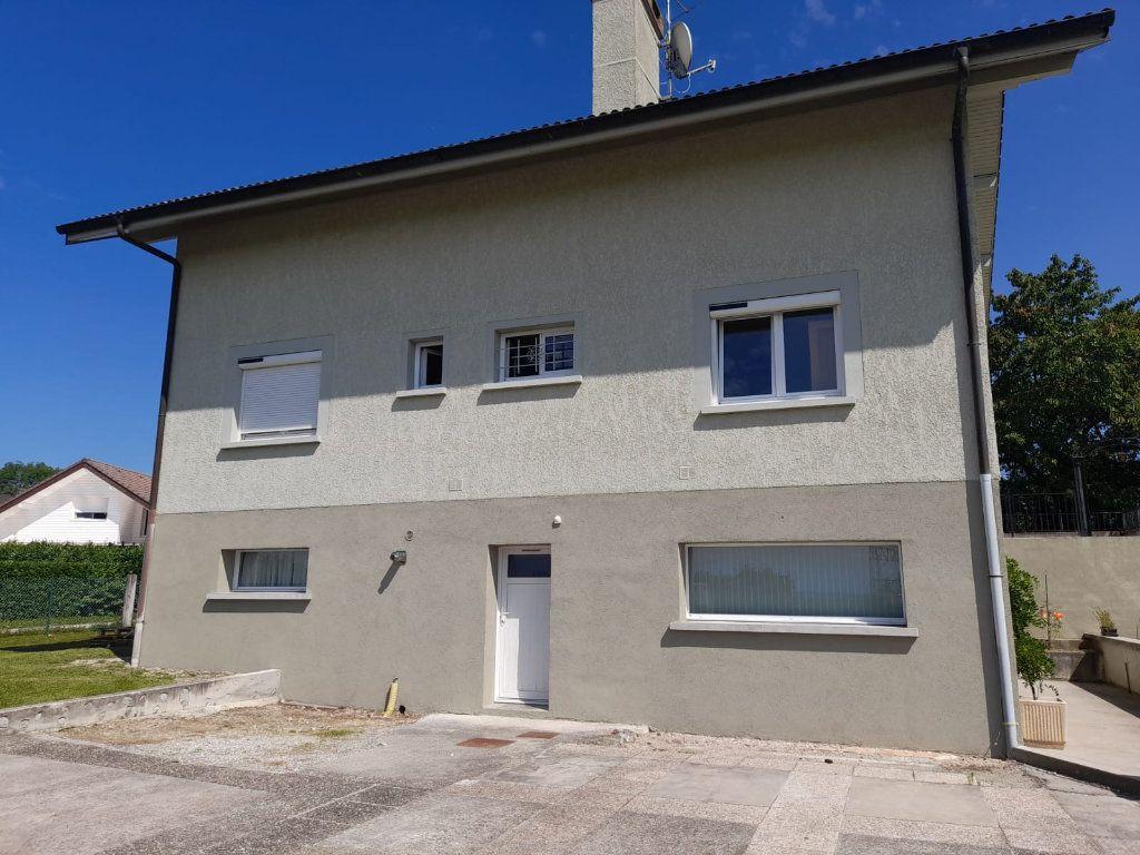 Appartement à louer 4 94.29m2 à Loisin vignette-9