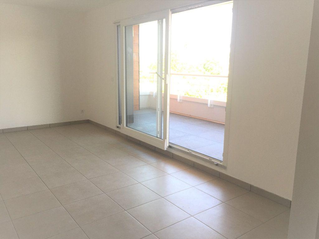 Appartement à louer 2 44.28m2 à Veigy-Foncenex vignette-3