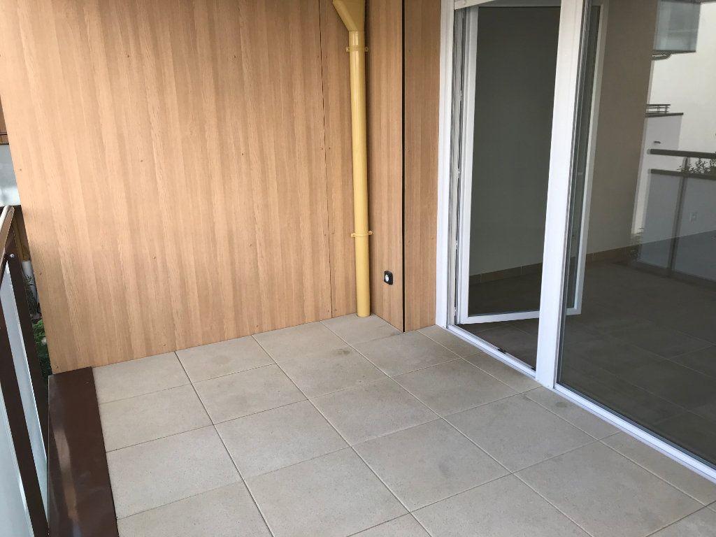 Appartement à louer 2 44.29m2 à Veigy-Foncenex vignette-5