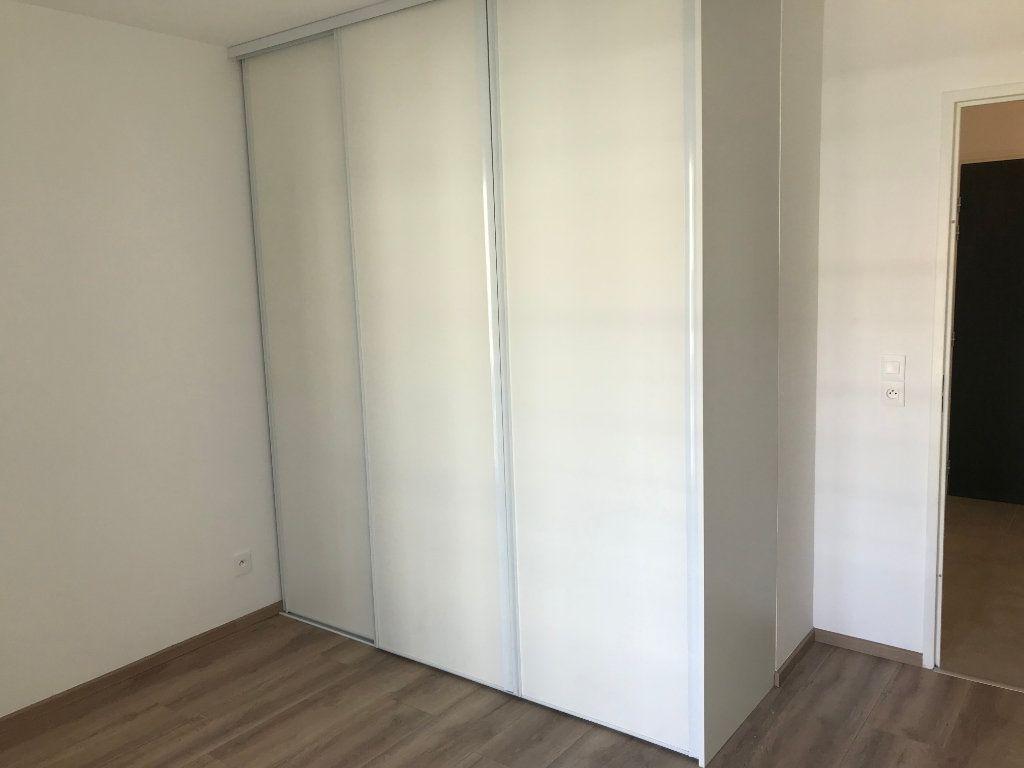 Appartement à louer 2 44.29m2 à Veigy-Foncenex vignette-13