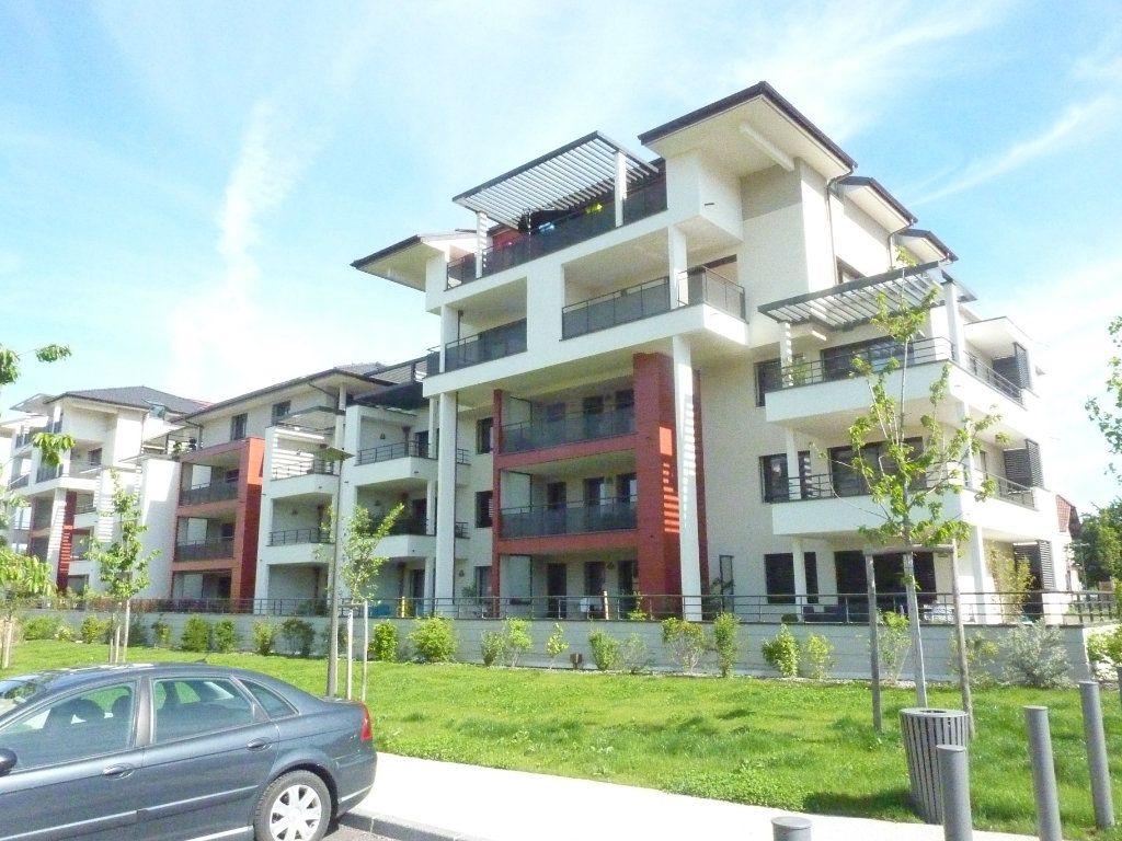 Appartement à vendre 3 76m2 à Veigy-Foncenex vignette-4